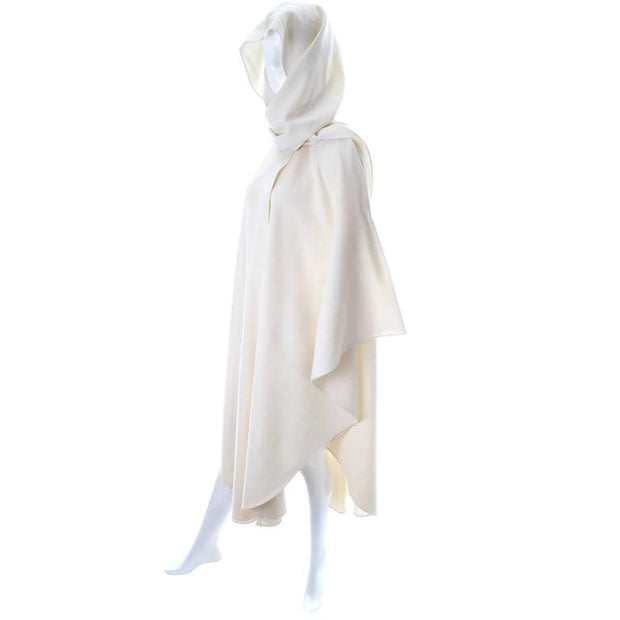 Hooded wool vintage cape