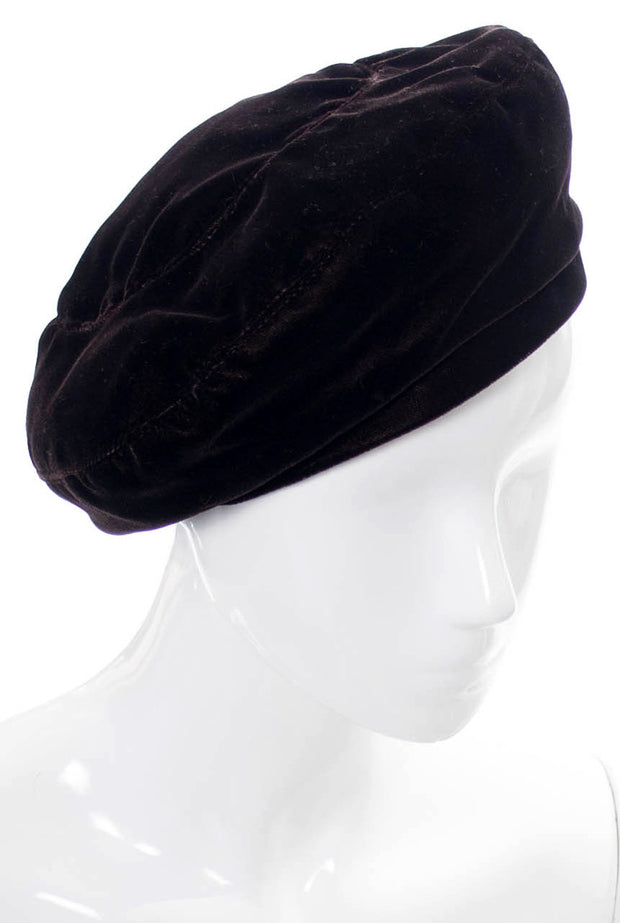 Yves Saint Laurent 1970s vintage hat brown velvet beret - Dressing Vintage