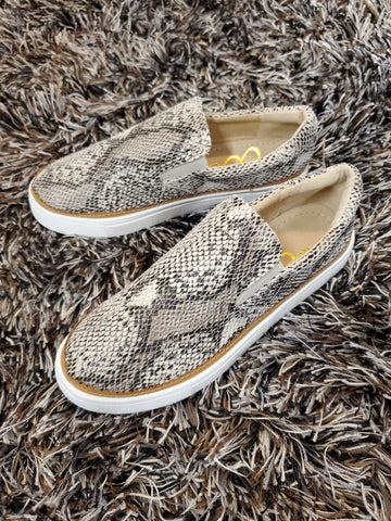 Holly Slip-On Sneaker - Leopard