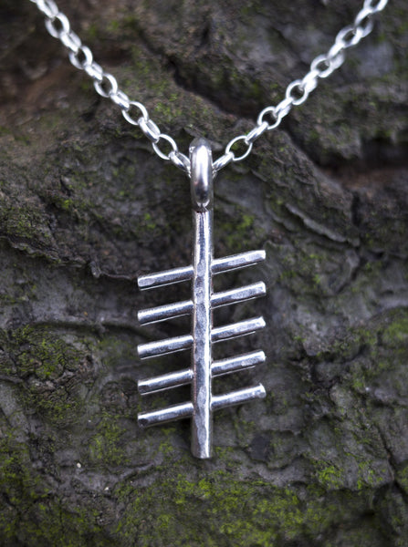 Ogham Treasure Initial R