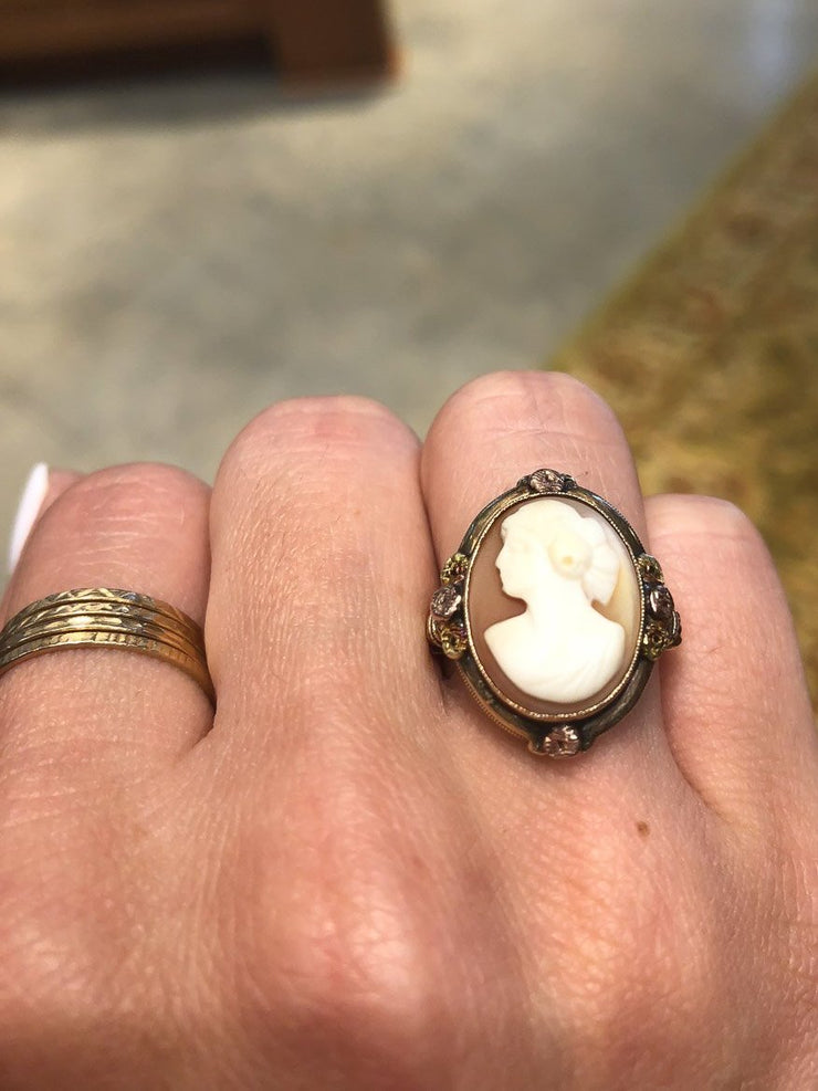 14kt Yellow Gold with Rose Gold Accents Victorian Cameo Ring