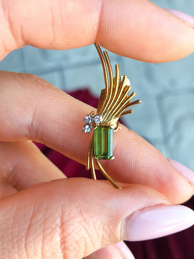 Ginger 1960s Emerald Cut Green Tourmaline and Diamonds 18kt Gold Flair Clip-On Earrings