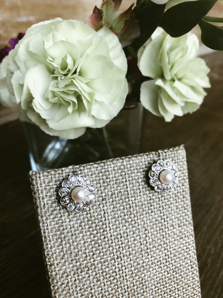 La Belle Époque Pearl and Diamond Floral Cluster 18kt White Gold Earrings