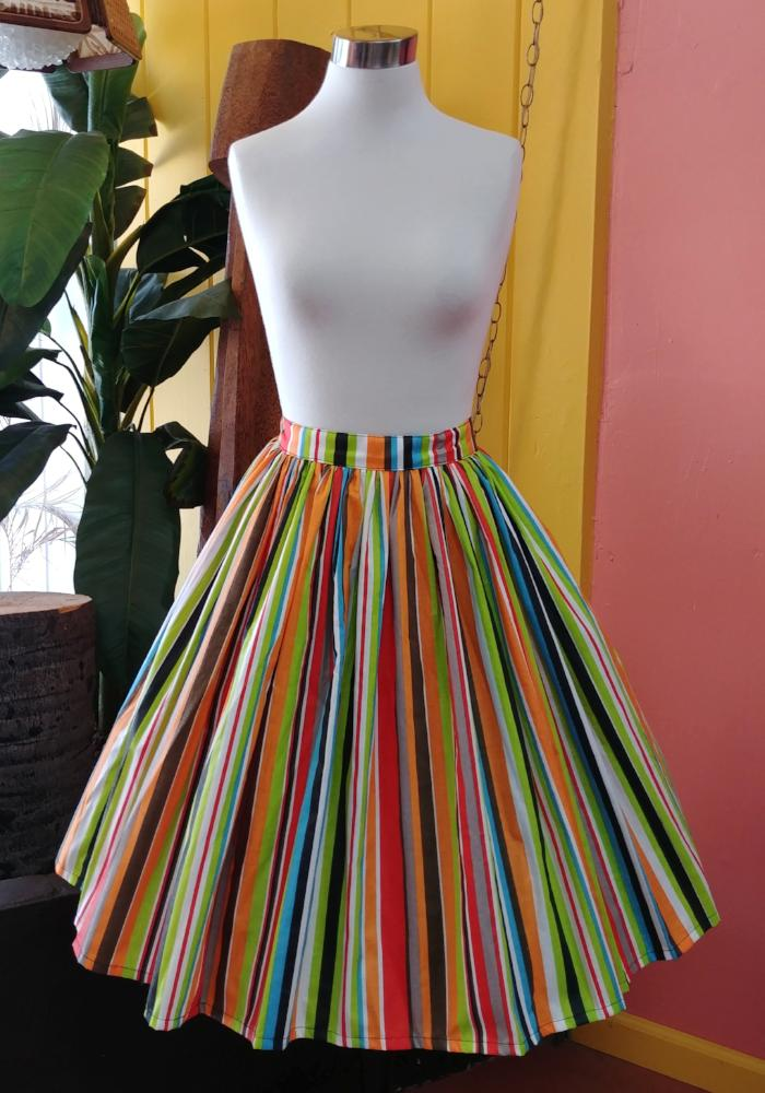 """Final Sale"" Retro Boardwalk Beach Striped Deluxe Beverly Gathered Skirt"