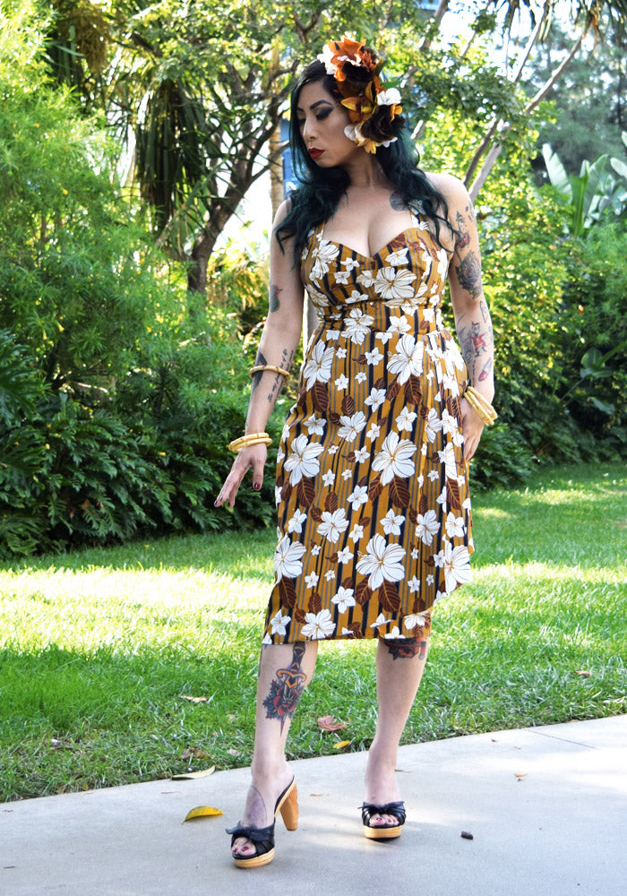 Abstract Havana Hibiscus Sonia Sarong Dress in Tobacco