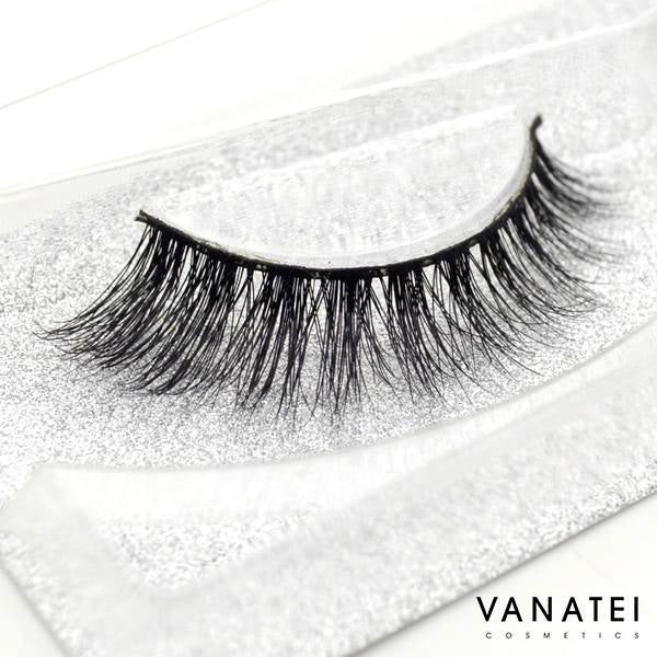 Talk To Me - 3D Mink Lashes