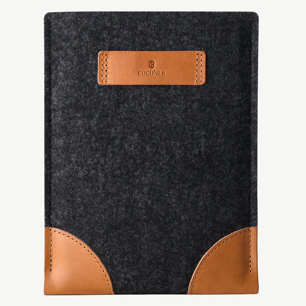 Cocones iPad Sleeve - Smokey Grey / Tan