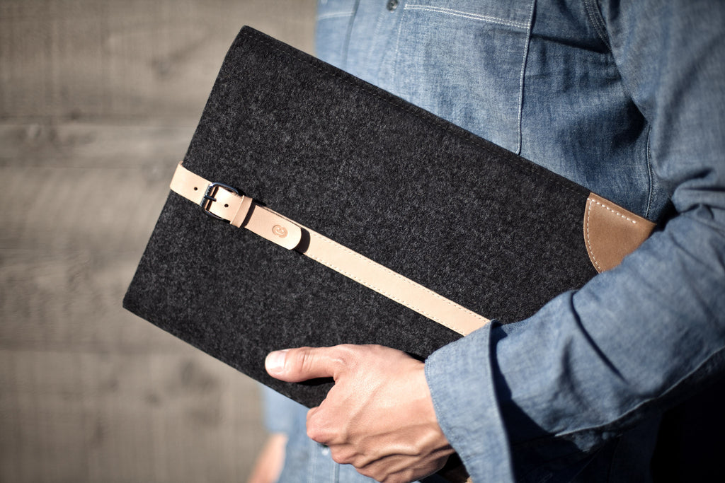 "Cocones — Macbook Air 11"", MacBook Air 13"", MacBook Pro Retina 13"", MacBook Pro Retina 15"" wool felt and leather sleeve case cover."