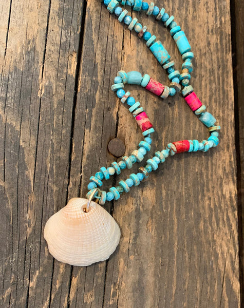 Turquoise Hand knotted Necklace with Shell