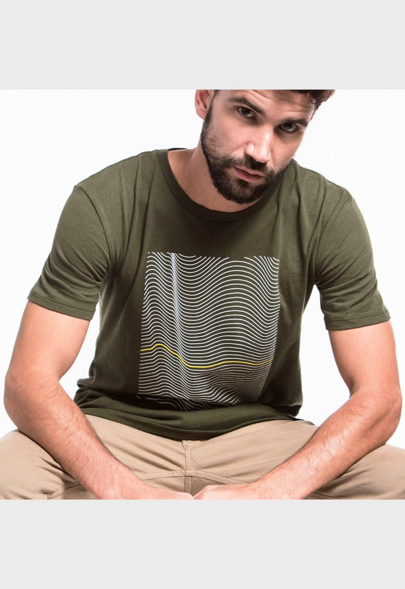 GRAPHICELONGATEDTEE-WAVY(FORESTGREEN)-SELECTIV