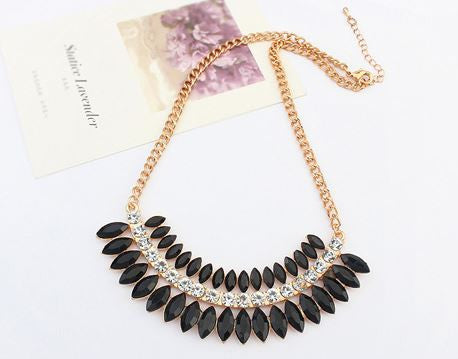 Fashion black necklace with rhinestones