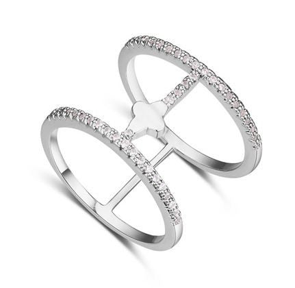 Rhodium Plated and zirconias Fashion ring