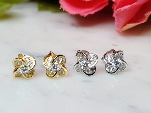 .925 Sterling silver flower stud earrings