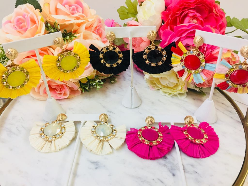 Fashion Fan Riffa Tassel Earrings With Stone