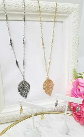 Fashion paved leaf pendant necklace and earrings set