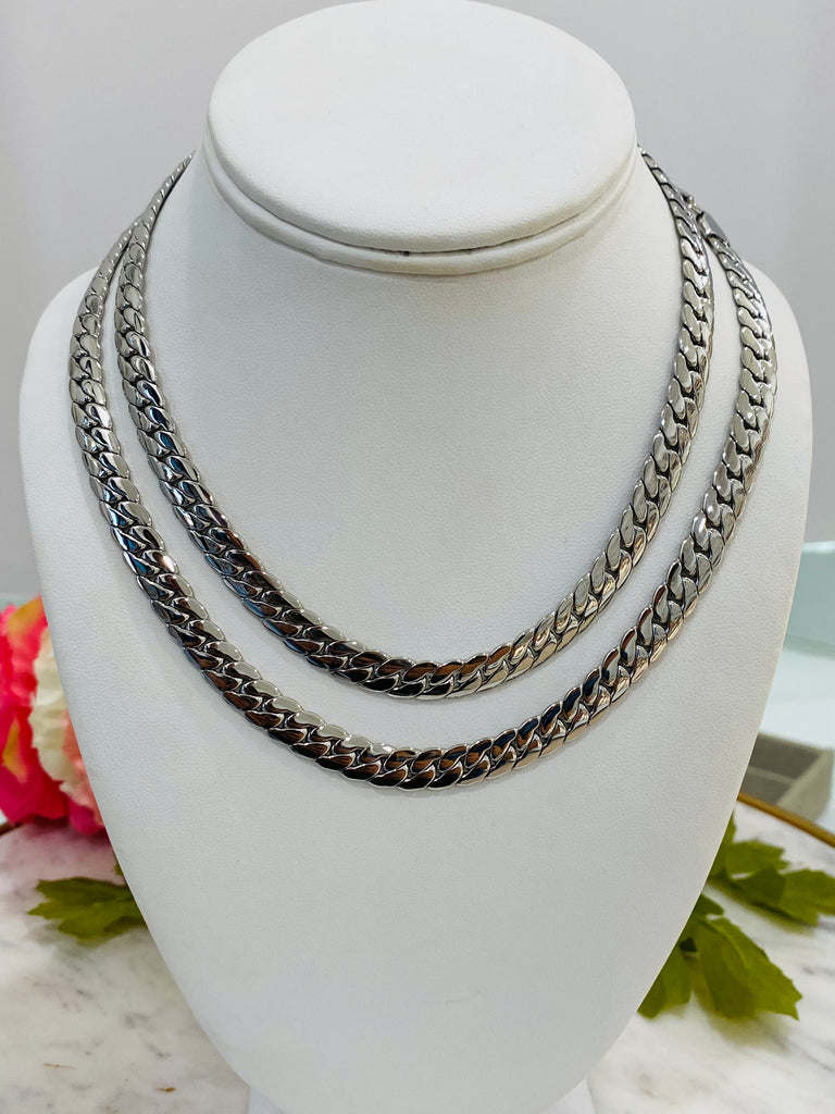 "Stainless steel 16"" or 18"" silver necklace"