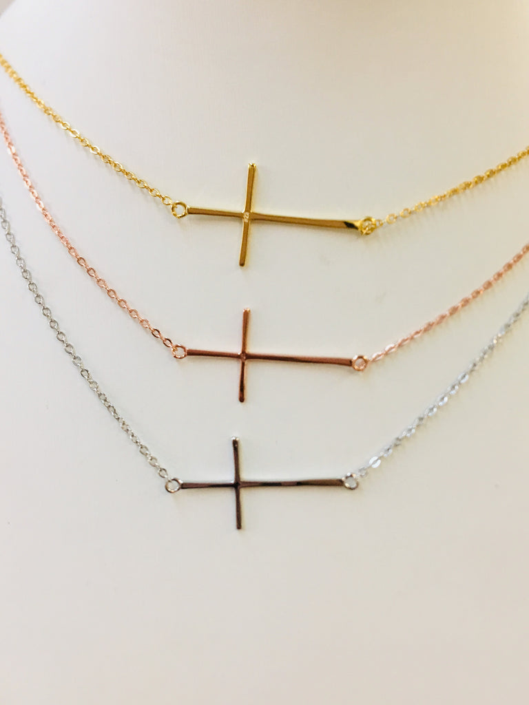.925 Sterling silver cross pendant necklace