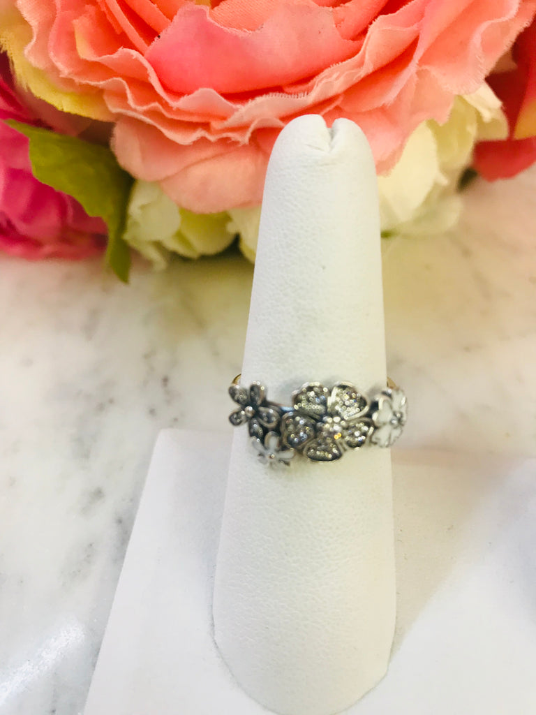 .925 sterling silver flower ring