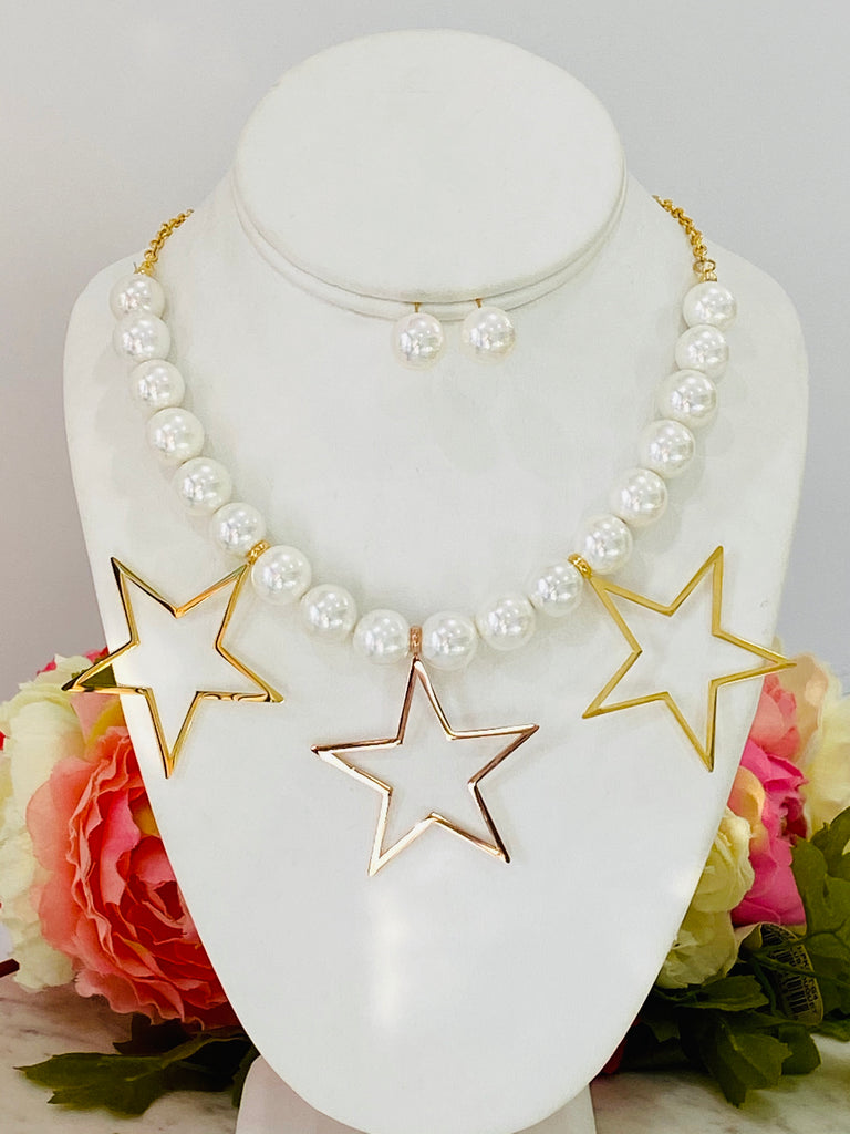 Stainless Steel Pearl And Star Necklace Set
