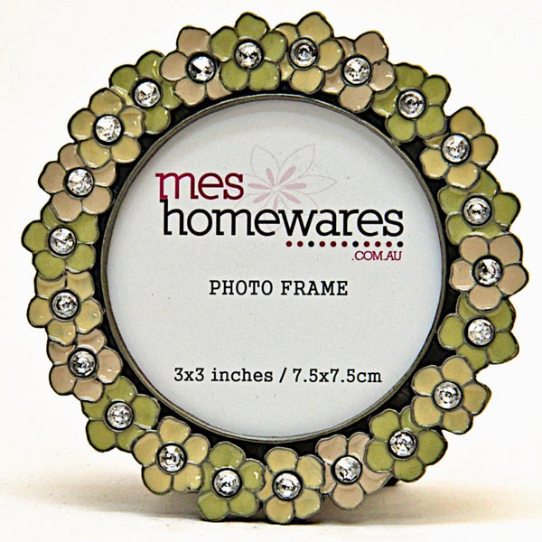 Photo Frame Wreath of Flowers