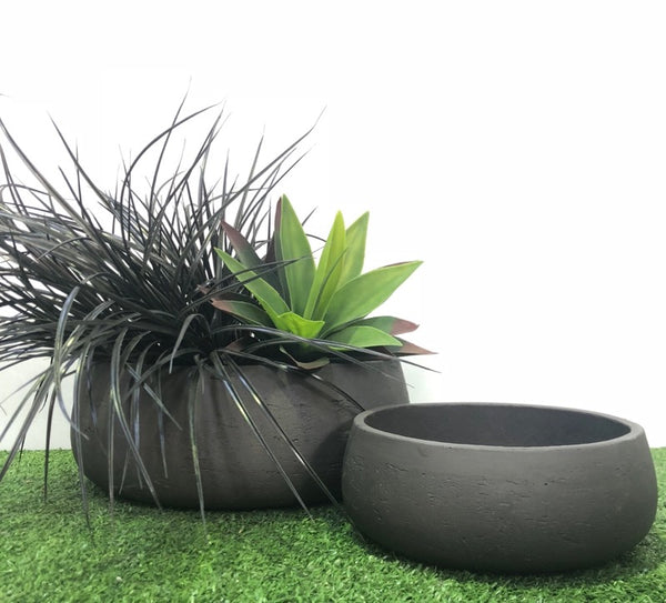 Shallow Bowl Black Wash Set of 2
