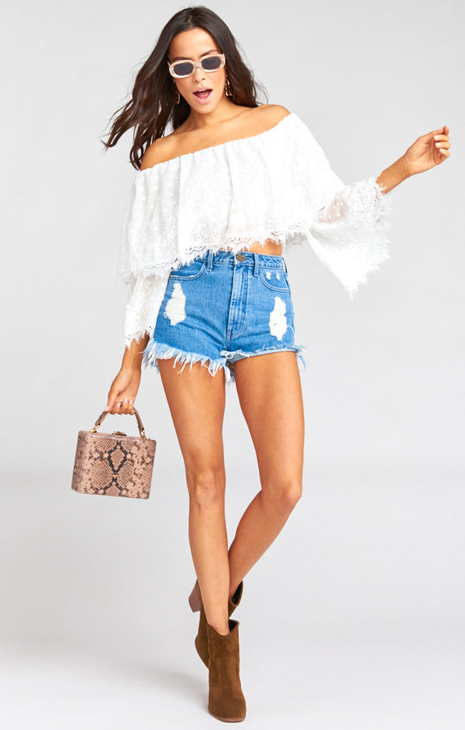 Laurel Crop White Lace