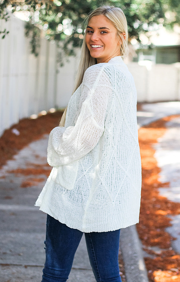 The Cozy Sweater Cardi (Off White)