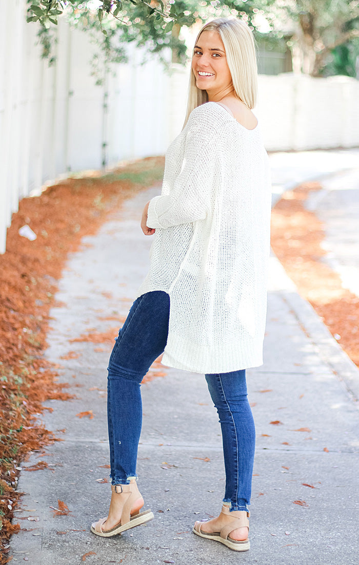 The Oversized Knit Sweater (Off White)