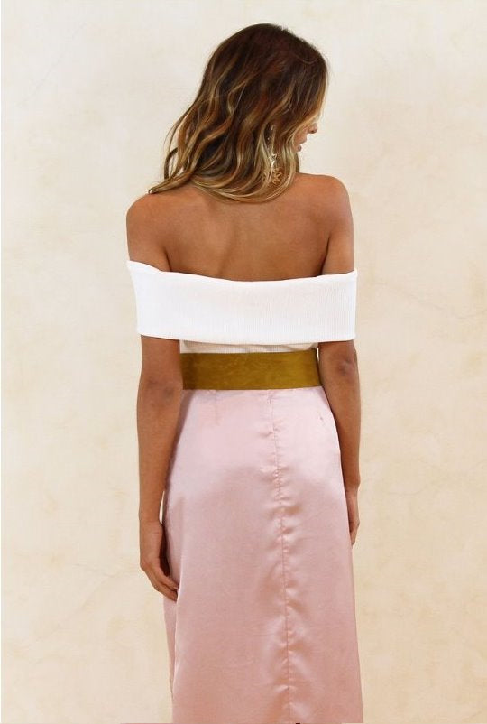 Vibing Off Shoulder Crop