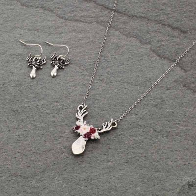 Floral Trophy Deer Necklace Set