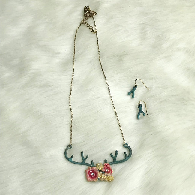 Floral Antler Patina Necklace Set