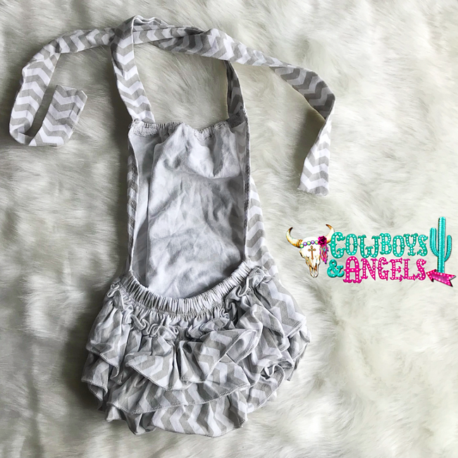 Chevron Ruffle Infant Romper - Gray