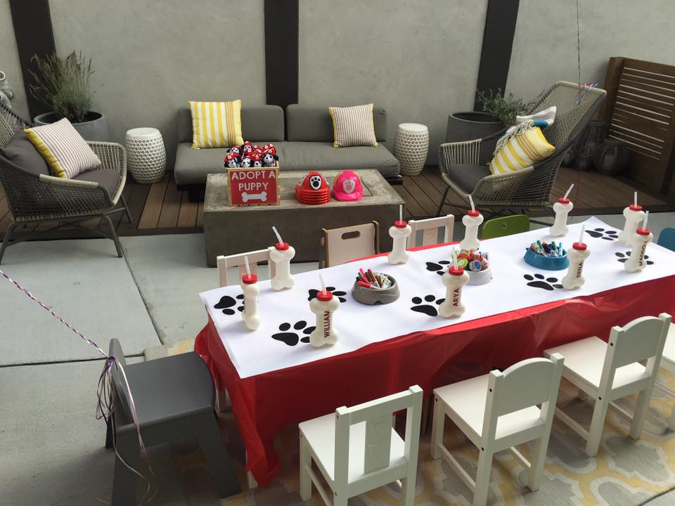 paw patrol birthday party table