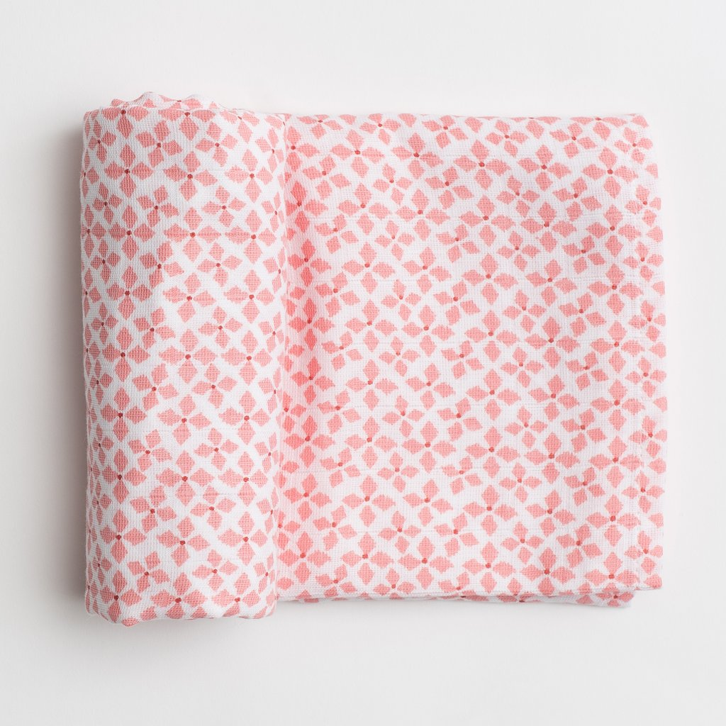 ORGANIC COTTON SOPHIE SWADDLE
