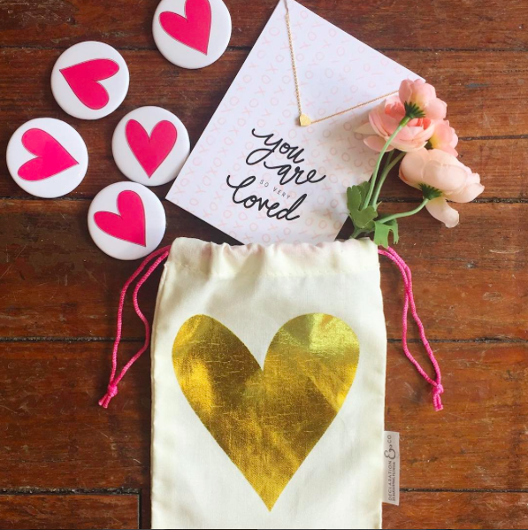 GOLD HEART BAG