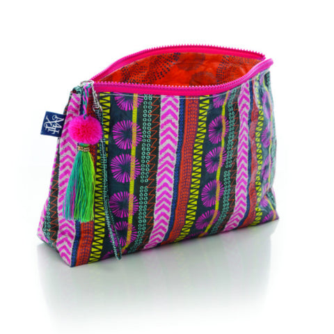TRIBAL BEAT TASSLE POUCH