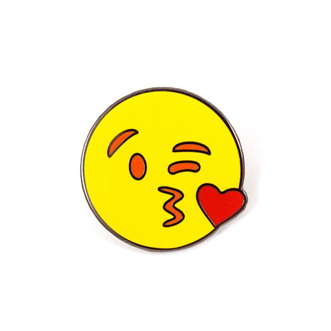 KISS FACE EMOJI PIN
