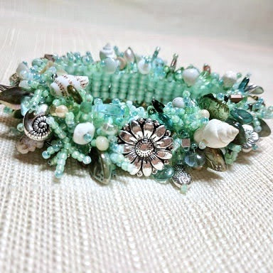 Gulf Treasures beaded bracelet
