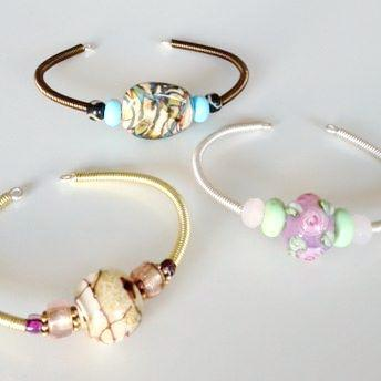 spring bracelet class Island Cove Beads & Gallery