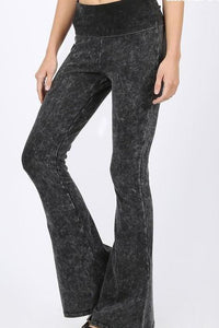 IMOGEN ACID WASH FLARES BLACK*