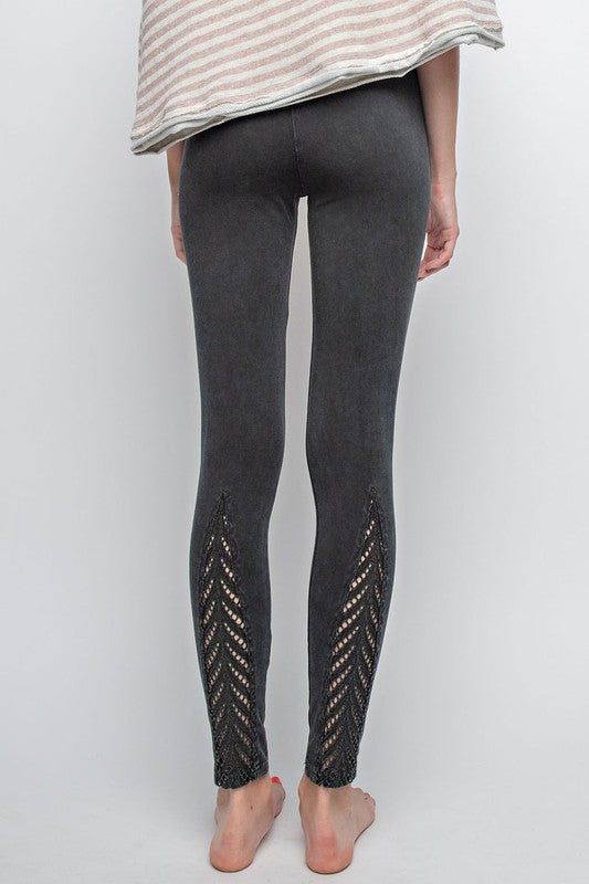 GIANNA LASER CUT LEGGINGS-