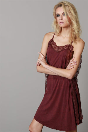 OPEN SIDE LACE TUNIC WINE*