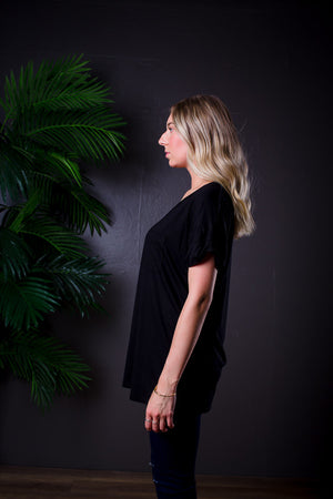DARIA V NECK TEE BLACK