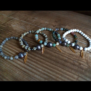GEMSTONE & NATURAL PEARL BRACELETS