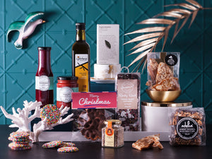 The Prancer Hamper - The Vain Reindeer