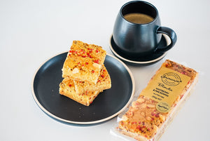 Bellarine Brownie Raspberry & Macadamia Blondie, 280g