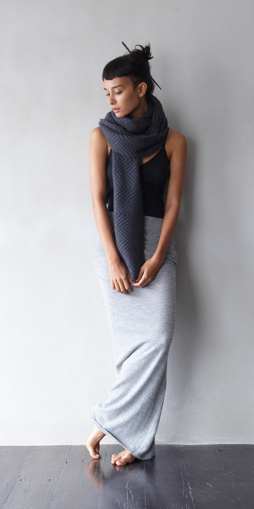 Heavy-weight Cashmere Herringbone Hand Knit Scarf in Slate