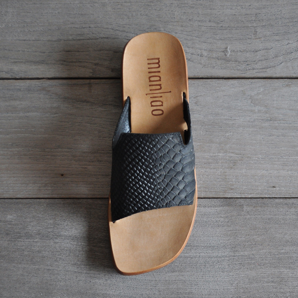 Mianliao Leather Slide Sandals