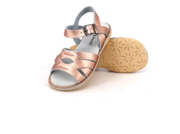 Skeanie Coast Leather Sandals