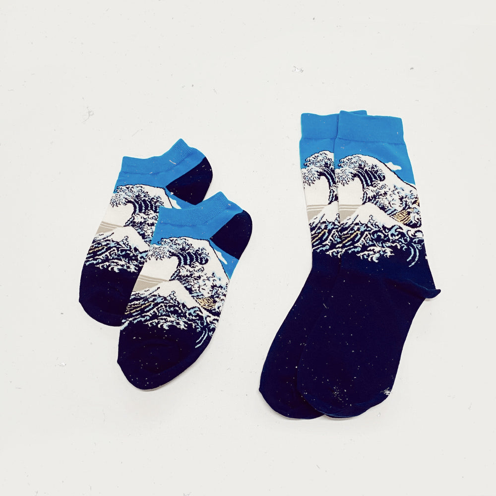 The Great Wave Socks